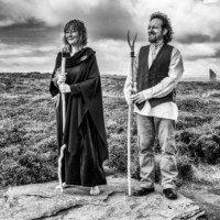 Mark & Helen Woodsford-Dean (Greycrow & Magpie) | Celebrants